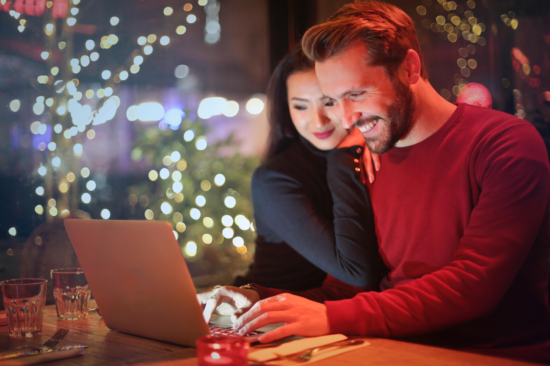 Finansiniai patarimai kiekvienam besikreipiančiam dėl paskolos internetu
